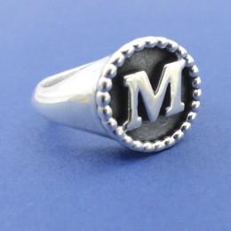 anello lettera m